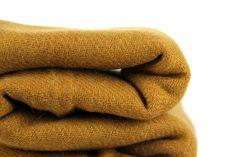Splendide écharpe en laine cachemire camel beige. Echarpe Cachemire, Laine  Cachemire, Echarpe Laine 6b55406d4a4