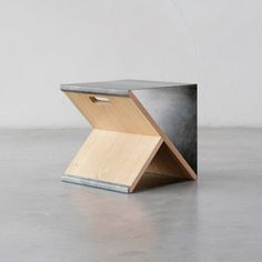 Simple Portable Stool with Wooden Y-Frame structure – Steel Stool - The Great Inspiration for Your Building Design - Home, Building, Furniture and Interior Design Ideas Plywood Furniture, Modern Furniture, Furniture Design, Furniture Ideas, Crate Furniture, Industrial Furniture, Chair Design, Office Furniture, Bedroom Furniture