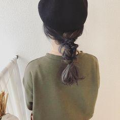 滝野玲奈さんはInstagramを利用しています:「帽子アレンジ♪ くるりんぱをつなげた しっぽアレンジ。 崩れにくいので 旅行先でアクティブに 動く方にもオススメです。 #ヘアアレンジ #くるりんぱ #ヘア #ヘアスタイル #簡単アレンジ #たっきーのヘア #たっきーのアレンジ #愛媛県 #松山市 #美容室…」 Rainbow Hair, Dreadlocks, Hairstyles, Beauty, Instagram, Hair, Haircuts, Hairdos, Hair Makeup
