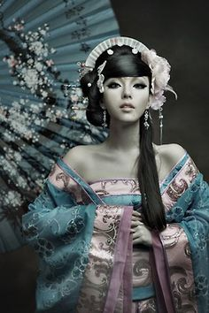 Chinese woman in Hanfu style dress