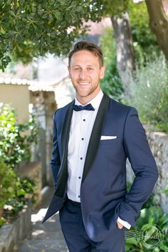 """Handsome-groom-at-Castello-di-Vincigliata-Tuscany-Anneli-Marinovich-Photography-18"""
