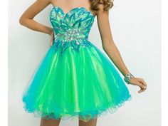 What Short Prom Dress Should You Wear?