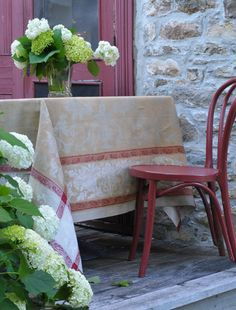 Linen Way Versailles Taupe/Red Table Linens   Gracious Style