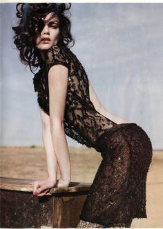 Stunning black lace dress :Valentino