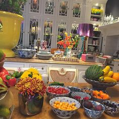 Nothing like home💓 🍎🍊🍉🍆🌽🍇🍋🍑🍐🌼🌻 Home And Living, Sweet Home, Table Settings, Table Decorations, Instagram Posts, Kitchen, Furniture, Home Decor, Goals
