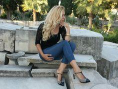 Divinos #zapatos, #elegantes y #cómodos. #Orquídea zapatos #elda 2014. zapatoselda.com Brand Name Shoes, Over Knee Socks, Fur, Elegant, Women