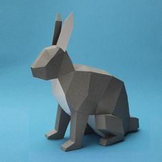 3D geometric animals crafted with complex paper folding by Estu­dio Guard­a­bosques #3D #Geometric #Origami