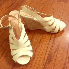 Wedge sandal Gianni Bini white summer wedges in great condition. I wore them for graduation and they are super comfortable! Size 7.5 Gianni Bini Shoes Wedges