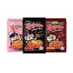 Korean Noodles, Tteokbokki, Japanese Snacks, Cafe Food, Aesthetic Food, Korean Food, Food Cravings, Hot Sauce Bottles, Ghost Photography