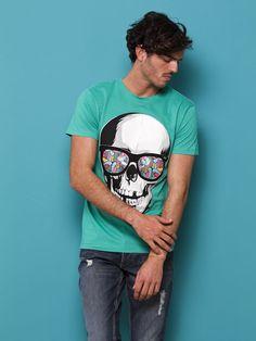 Because skulls are so sexy! www.inside-shops.com