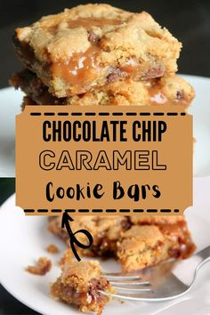 These chocolate chip cookie bars combine classic chocolate chip cookie dough with ooey gooey caramel. Yum! #cookiebars #caramelbars Chocolate Chip Pudding Cookies, Chocolate Caramels, Caramel Bits, Pinterest Recipes, Yummy Cookies, Fun Desserts, Sweet Tooth, Favorite Recipes, Party Recipes