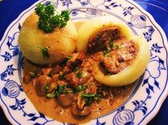 Mit Hackfleisch gefüllte Klöße ... Rezept - Rezepte kochen - kochbar.de