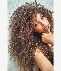 "@criis_silvaah_ using the hair cream Lola ""Miracle"" . #curlynatural"