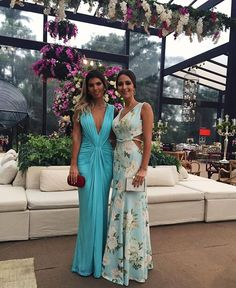 Prom Glam-Pretty gowns and love the colors. Glam Dresses, Elegant Dresses, Pretty Dresses, Beautiful Dresses, Formal Dresses, Fashion Vestidos, Fashion Dresses, Evening Dresses, Summer Dresses