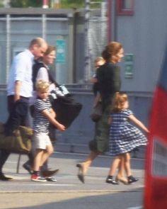 Kate Middleton Blog, Kate Middleton Family, Kate Middleton Prince William, Prince William Family, Prince William And Kate, Aberdeen, Royal Family Pictures, Princess Katherine, Prinz William