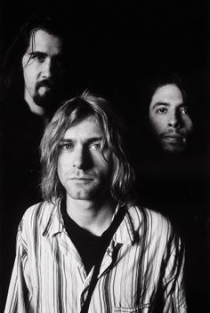 Krist Novoselic, Kurt Cobain and Dave Grohl - Tokyo, 1992-02-19