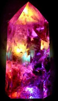 color elemental Crystals And Gemstones, Healing Crystals, Healing Stones, Stones And Crystals, Bunt, Gem Stones, Mineralogy, Pink Stone, Opals