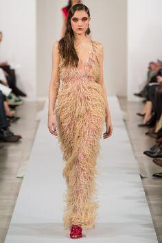 Trend: Feathers from Oscar De La Renta