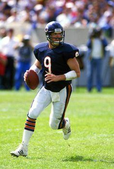 Quarterback Jim McMahon of the Chicago Bears