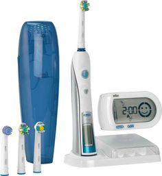 Braun Oral B Triumph 5000 elektrische tandenborstel kun je winnen door onze Facebook pagina te liken!    Wij zijn gevestigd op:  Wijsman en Koster Tandartsen | Ketelboetershoek 29 | 7328 JE  Apeldoorn | Tel. 055-5346350    #facebook #like #Braun #OralB #elektrische-tandenborstel