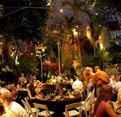 The Franklin Park Conservatory in Columbus, Ohio | 22 Of The Coolest Places To Get Married In America