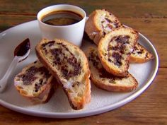 Toasted Ciabatta with Balsamic Syrup Recipe : Giada De Laurentiis : Food Network Balsamic Syrup Recipe, Balsamic Vinegar Recipes, Best Appetizers, Appetizer Recipes, Dessert Recipes, Desserts, Yummy Recipes, Recipies, Syrup Recipes