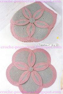 Original  y elegante juego de baño tejido en crochet.