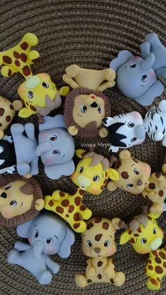 Polymer Clay Elephant, Polymer Clay Animals, Cute Polymer Clay, Cute Clay, Safari Theme Party, Baby Shower Items, Tangle Doodle, Fondant Tutorial, Sugar Art