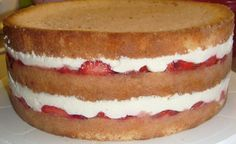 Food N, Food And Drink, Baking Recipes, Dessert Recipes, Summer Cakes, Pastry Cake, Charcuterie Board, Sweet And Salty, Cheesecake