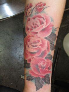 flowers tattoo arm - Buscar con Google