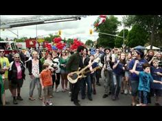 Lindsay LipDub [OFFICIAL] - The World's LARGEST and Canada's FIRST City LipDub