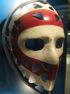 Mask of Ken Dryden, who had a relatively short but incredibly successful seven seasons with the Montreal Canadiens. 6 Stanley Cups, with a record of and 46 shutouts. Ice Hockey Teams, Hockey Goalie, Hockey Players, Hockey Stuff, Montreal Canadiens, Nhl, Ken Dryden, Penguins Players, Hockey Boards