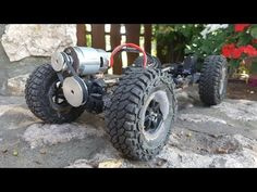 Rc Chassis, Mobile Robot, Cool New Gadgets, Rc Autos, Electric Skateboard, Buy Toys, Car Hacks, Wedding Tattoos, Animal Quotes
