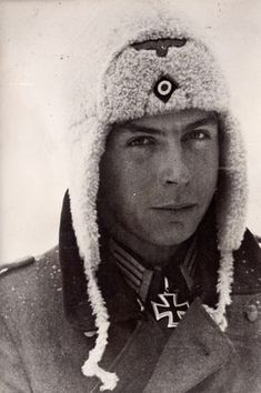 Oberleutnant Heinrich Stenzel