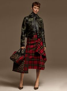 Made in Italy, this wool pencil skirt combines a streamlined silhouette with bold tartan plaid and an asymmetric draped ruffle. Throw out the rulebook and style it with a mix of patterns to create a polished-meets-eclectic effect. Tartan Fashion, Indie Fashion, Trendy Fashion, Girl Fashion, Fashion Outfits, Mode Tartan, Tartan Plaid, Indie Mode, Skirts