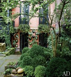 Outdoor patio - City Garden Urban Stadstuin Stad Binnentuin ♥ NYC, New York - #Fonteyn