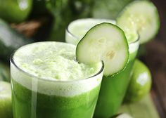 Green Juice: 1 cucumber, 3 Celery stalks, 1 1/2 pears, 3 kale leaves - put all into juicer.