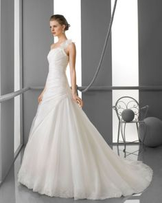 126 FELISA / Wedding Dresses / 2013 Collection / Alma Novia