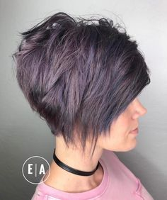 20 Cute Easy Hairstyles For Summer 2020 Hottest Summer Hair Color Ideas Hairstyles Weekly In 2020 Short Shag Hairstyles Shag Hairstyles Short Hair Styles