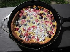 Mixed-Berry Dutch Baby Baby Food Recipes, Wine Recipes, Healthy Recipes, Dutch Baby Recipe, Dutch Oven Camping, Camping Meals, Camping Recipes, Food Wishes, Mixed Berries