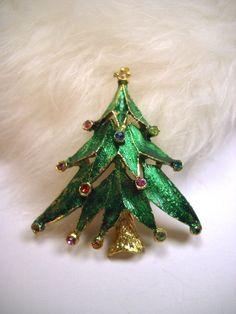 Vintage Christmas Tree Pin Christmas Brooch.