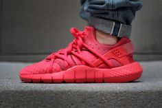 "Nike Huarache NM ""Red"""