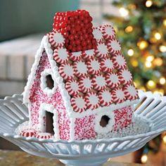 <3 gingerbread houses!