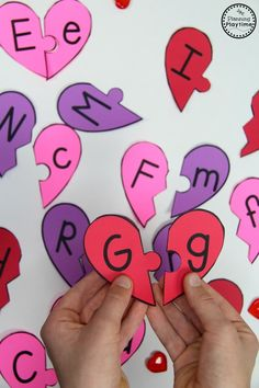 Letter Matching Game for Valentine's Day #preschool #preschoolworksheets #valentines