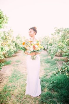 Same Sex Wedding Inspiration with Bright Citrus Decor – Alycia Moore Photography 14 Add color and a zesty burst of life to your wedding with fruity decors! #bridalmusings #bmloves #decor #citrus #weddingdecor #orange #ido #weddinginspo #weddinginspiratio #coolbride