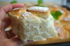 Grekiskt lantbröd i långpanna - Victorias provkök Keto Holiday, Holiday Recipes, Bread Recipes, Cooking Recipes, Tasty, Yummy Food, Something Sweet, Budget Meals, Bread Baking