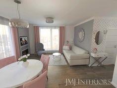 Kobiecy salon z biokominkiem Living Room