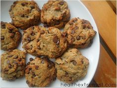 Delicious paleo chocolate chip cookies recipe. This paleo chocolate chip cookies recipe is made from almond flour. They are gluten free, dairy and egg free