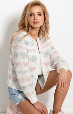 Fobya Uroczy sweterek w serduszka ecru F925 Fashion, Moda, Fashion Styles, Fashion Illustrations