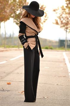 Redhead (incognito) in great street fashion of black and beige...